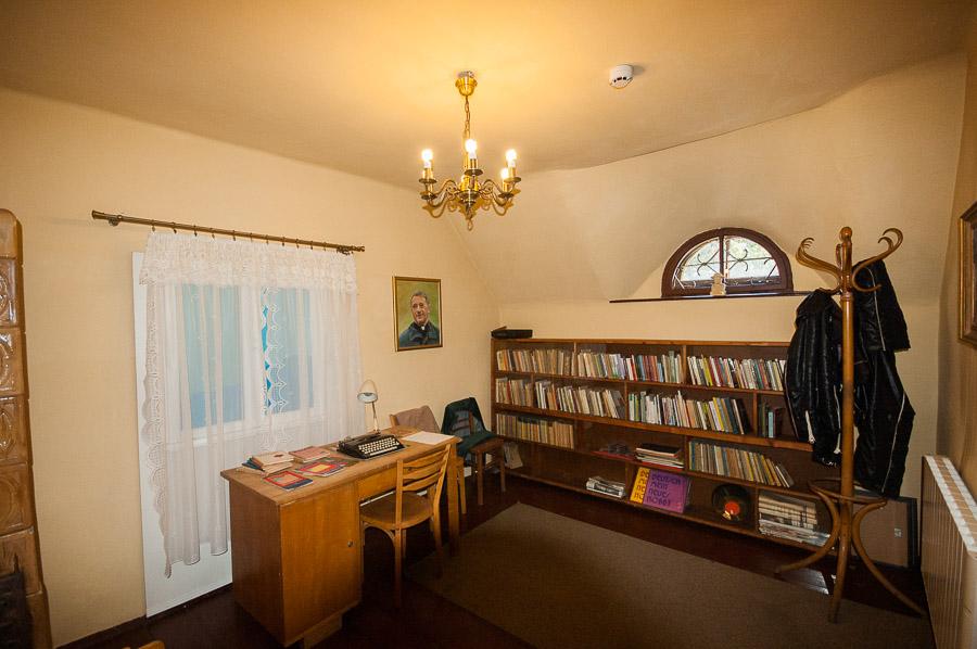 Rekonstrukcja pokoju księdza Józefa Tischnera